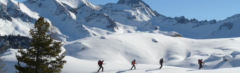 ski de randonnée dans le Queyras avec des guides en niveau initiation