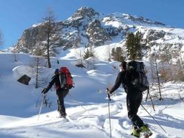 Ski de randonnée Alpine dans les Cerces raid itinérant encadré par les guides du Queyras