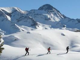 skier en étoile dans le Val de Durance avec des guides